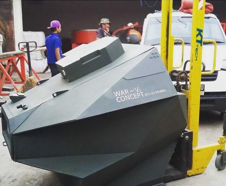 war v 1 tank robot